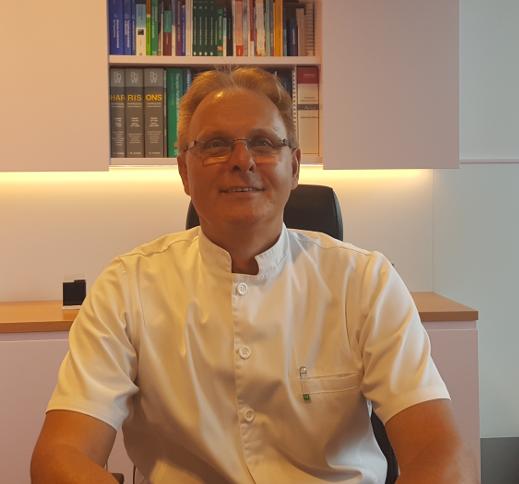 Dr Dragomir Johann